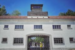 Dachau_KZ112704-01
